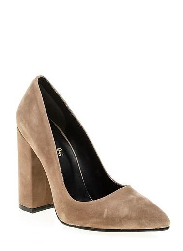 Bambi Kalın Topuklu Süet Ayakkabı Vizon